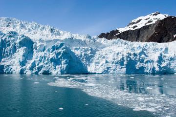 Printed kitchen splashbacks Glaciers Traveling to Hubbard Glacier in Alaska