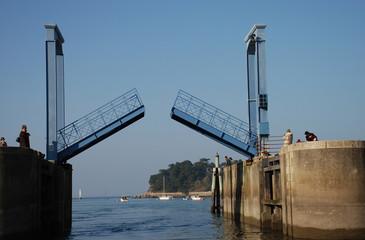 écluse au port Rhu