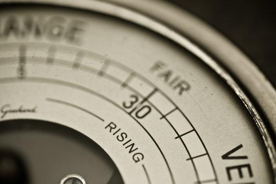 Barometer set fair