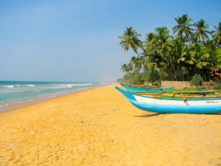 Sri Lanka, Indian Ocean, beach near Kalutara, boats.