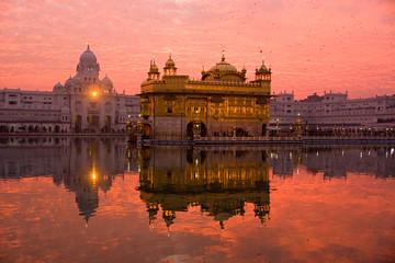 Keuken foto achterwand India Sunset at Golden Temple, Amritsar, India.