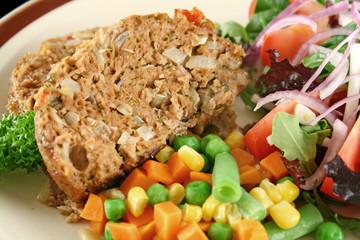 Meatloaf And Vegetables 6