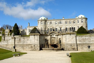 The Gardens and House at Powerscourt 2
