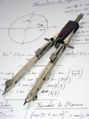 Compas sur formules de mathématique