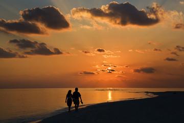 Foto auf AluDibond Wuste Sandig Sunset on a dream-beach