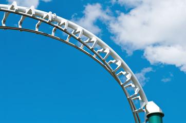 roller coaster anti-cloud barrier