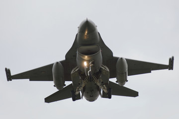 Fotobehang - F-16 Fighting Falcon