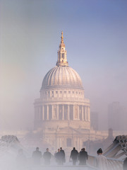 St Pauls fog 02