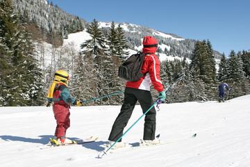 Ski mère et enfant