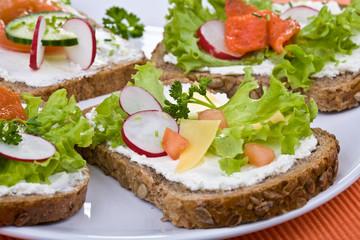 Healthy sandwich - whole grain bread, vegetables