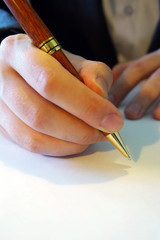 Hnad signing
