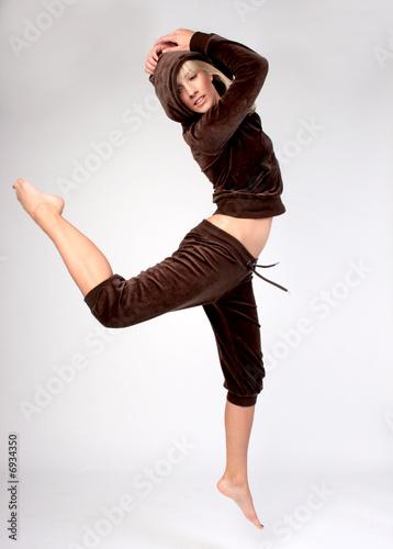 frau ballerina sprung gelenkig sportlich stockfotos und. Black Bedroom Furniture Sets. Home Design Ideas