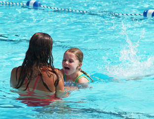swim lesson girl