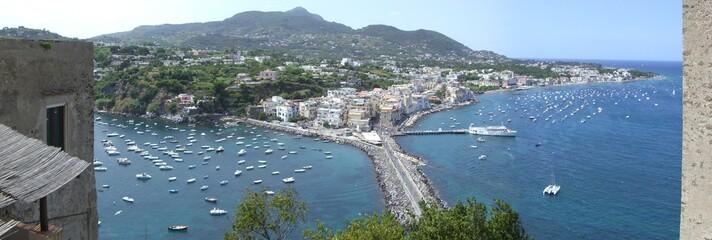 Ischia (Napoli) Vista del porto - Castello Aragonese