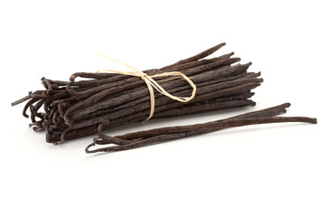 vanilla beans bond together