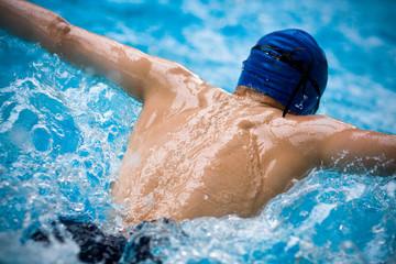 natation athlète papillon nage jeux olympiques dos piscine