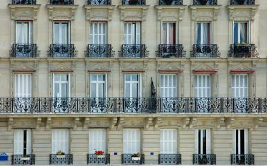 Façade Paris sur seine