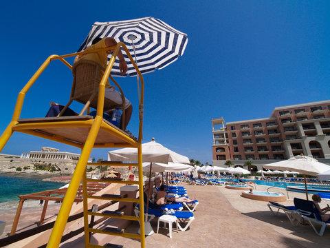 Hotelpool auf Malta