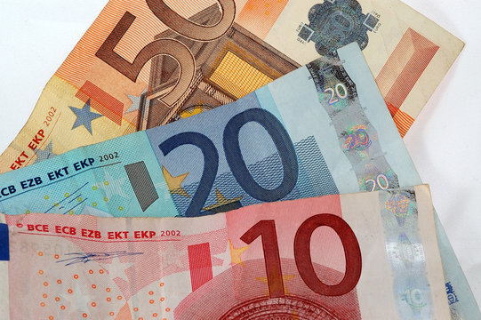 80 EUROS