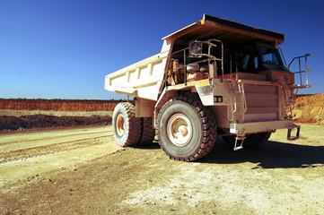 Camion de carrière