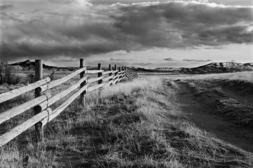 Printed roller blinds Gray wyoming landscape rural fence in black and white