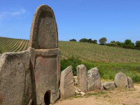 Tomba dei giganti Coddu 'Ecchju