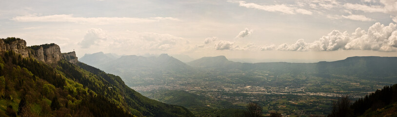 Foto auf Gartenposter Gebirge Panorama de Savoie (Nivolet, massif des Bauges)