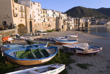 Wasserfront,Waterfront in Cefalu, Sizilien
