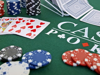 poker spiel set,chips,karten,casino games,straight flush