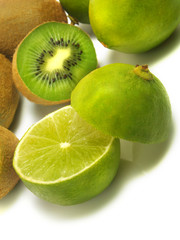 Ripe kiwis and limes