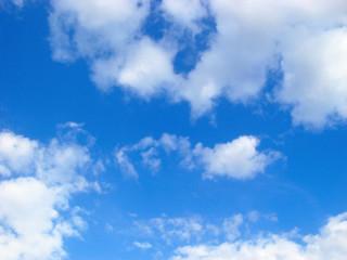 beautifull blue cloudy sky at bright sunny day