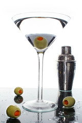 Martini, shaken not stirred