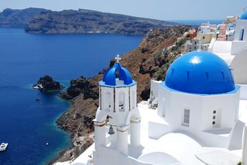 Foto auf AluDibond Santorini little church in Santorini,Greece