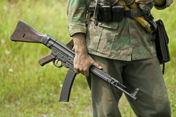 MP43 Submachine Gun