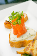 Smoked salmon on toast