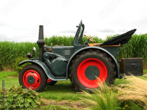 lanz traktor stockfotos und lizenzfreie bilder auf. Black Bedroom Furniture Sets. Home Design Ideas
