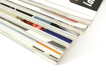 magazines pyramid