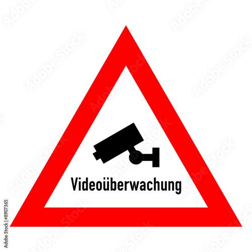 schild video berwachung stockfotos und lizenzfreie vektoren auf bild 8907365. Black Bedroom Furniture Sets. Home Design Ideas