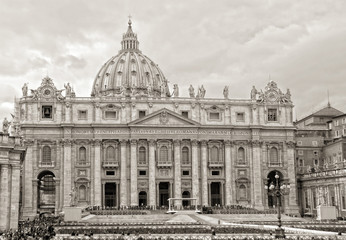 St peter's square in the heart of the Vatican