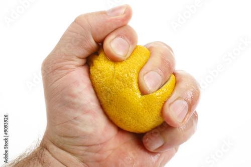 Zitrone Auspressen