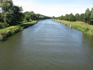 Elbe - Lübeck - Kanal bei Güster