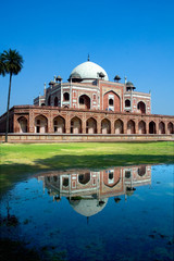 Keuken foto achterwand Delhi Humayun's Tomb and reflection, New Delhi, India