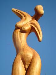 statue femme nue