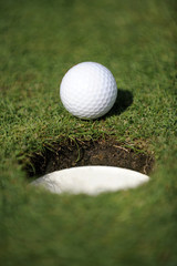 golfball close to the hole
