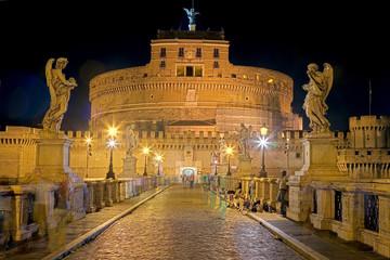 Fototapete - Engelsburg in Rom bei Nacht