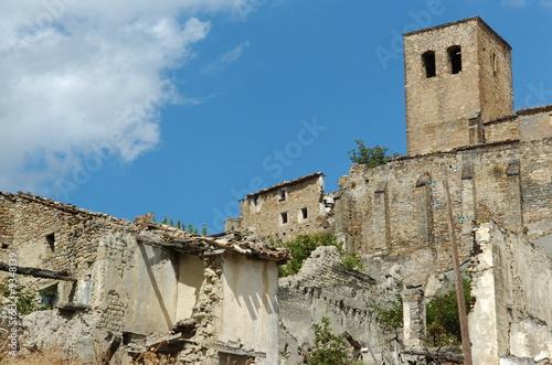 Village abandonn photo libre de droits sur la banque d 39 image - Acheter village abandonne ...