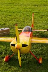 Modellflugzeug m. Pilot