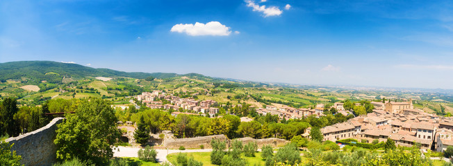Wall Mural - Traditional Toscana Italy landscape. Panorama.