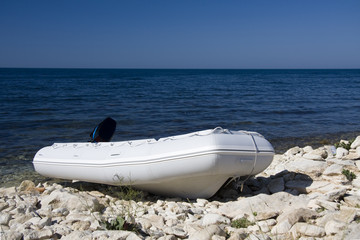 Printed roller blinds Water Motor sports inflatable boat on the sea coast