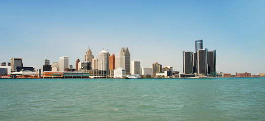 Panoramic view of Detroit's waterfront by day